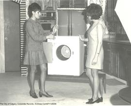 """Peggy Powers"" dryer demonstration."