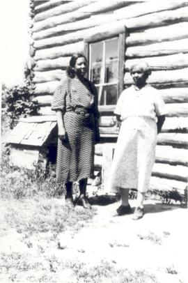 Henrietta and daughter-in-law Mrs. Willie Kinamore