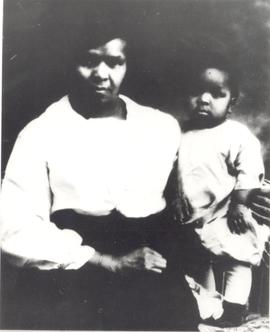Henrietta Kinamore and granddaughter