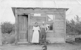 Mr. and Mrs Luite Visscher Outside of the Brutus Post Office