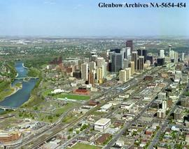 Aerial view of downtown city centre showing Mewata Armouries and grounds, Calgary, Alberta.
