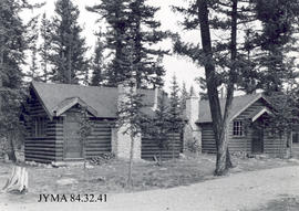 Pine Bungalows Cabins, Jasper National Park, Alberta.