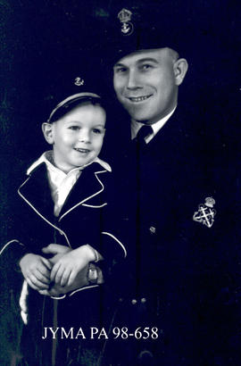 West Knutson (in military uniform) with his son, Jasper, Alberta.