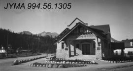 Jasper town site buildings : Imperial Bank of Canada