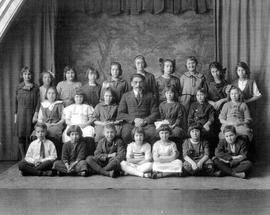 Children at Peretz Shule, Edmonton, Alberta.