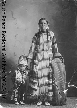 Hobbema First Nations Mother & Child