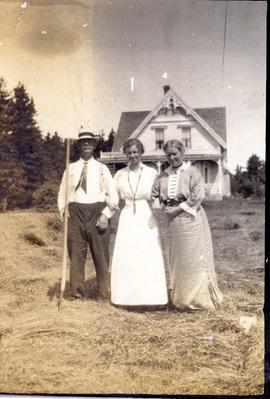 Leslie B. Newton and family, probably Grand Manan, New Brunswick.