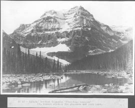 Canada. British Columbia (Canadian Rockies) Mt. Robson showing the glaciers and Berg Lake / CN10