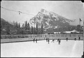 Banff Winter Carnival, hockey