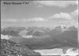 Trip to Columbia Icefield / Lewis Freeman