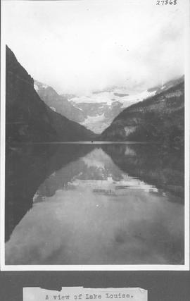 A view of Lake Louise / 27868
