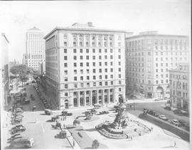 Canada. Quebec Province. Montreal. Phillips Square set amid fine office buildings and big departm...