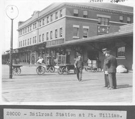 Railroad Station at Ft. William / 28000
