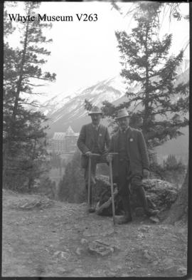 2 climbers, Banff Springs Hotel
