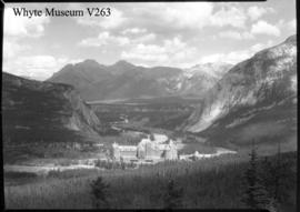 Banff Springs Hotel & Bow Valley