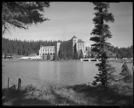 Buildings - Chateau Lake Louise.