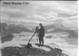 Byron Harmon & Icefield from Mt. Bryce, trip to Columbia Icefield / Lewis Freeman
